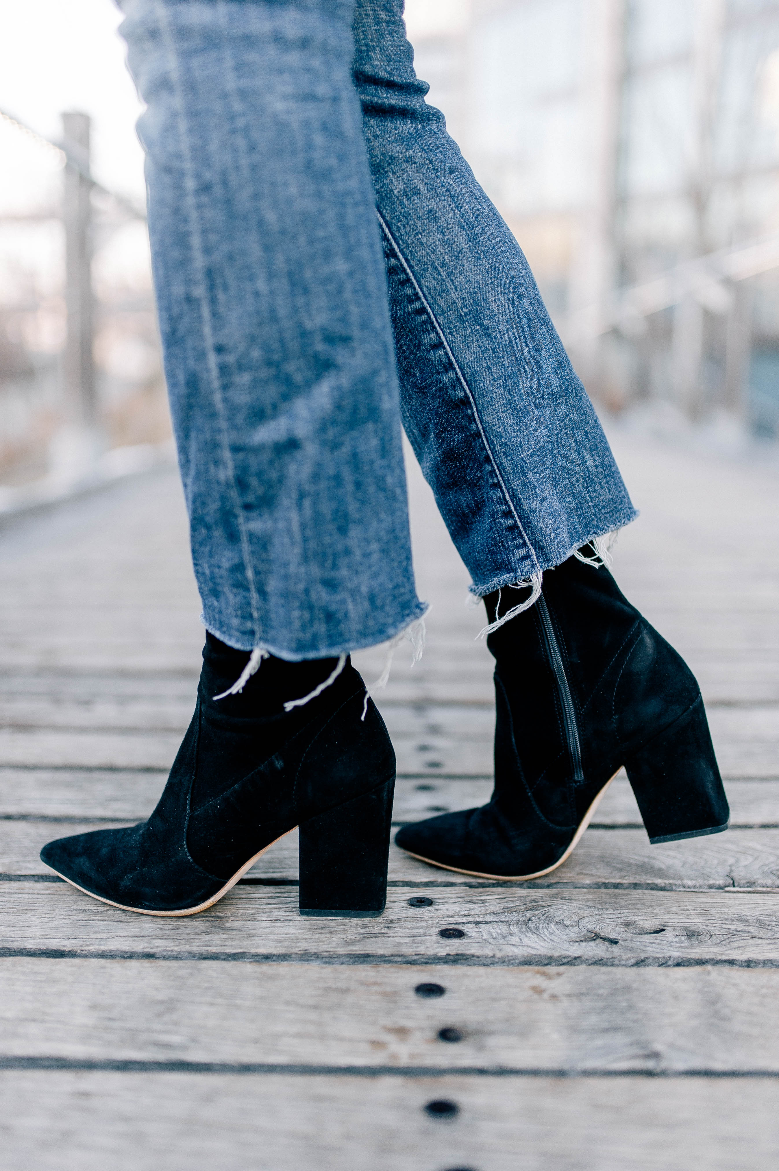 Kick Flare Jeans & Booties