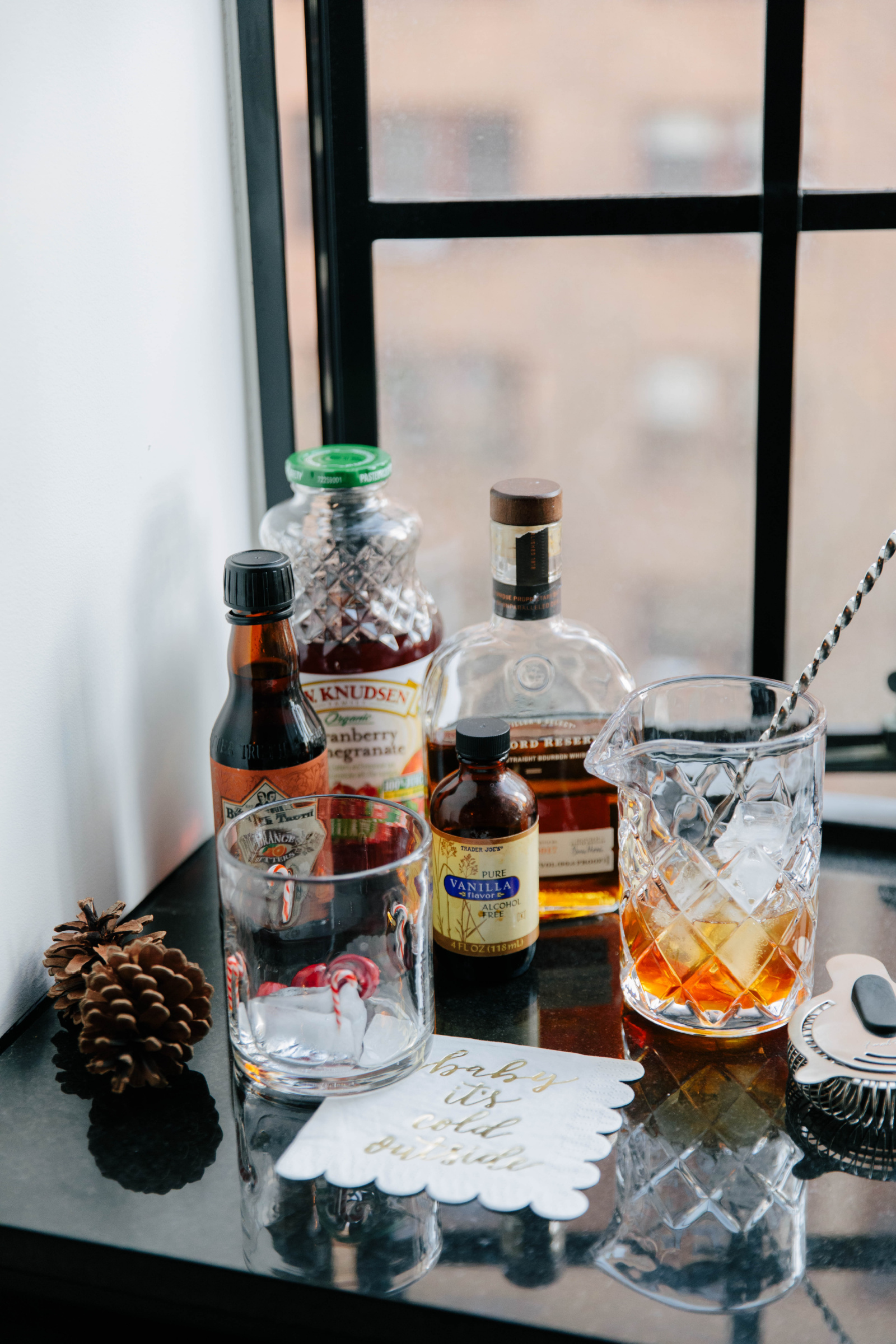 Easy Holiday Cocktails I wit & whimsy