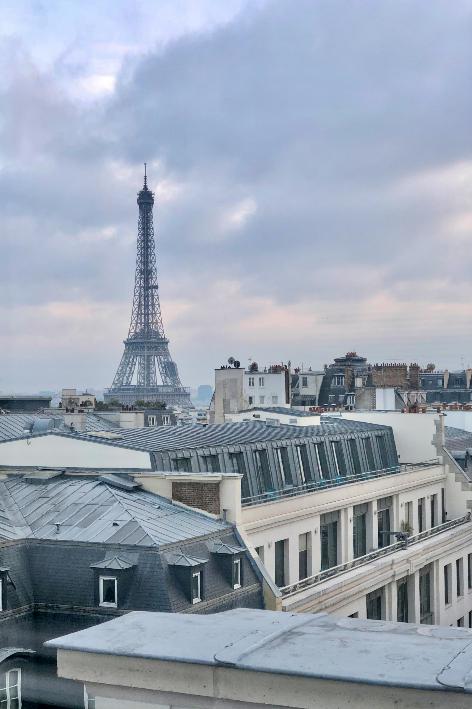 The Best Places to See the Eiffel Tower