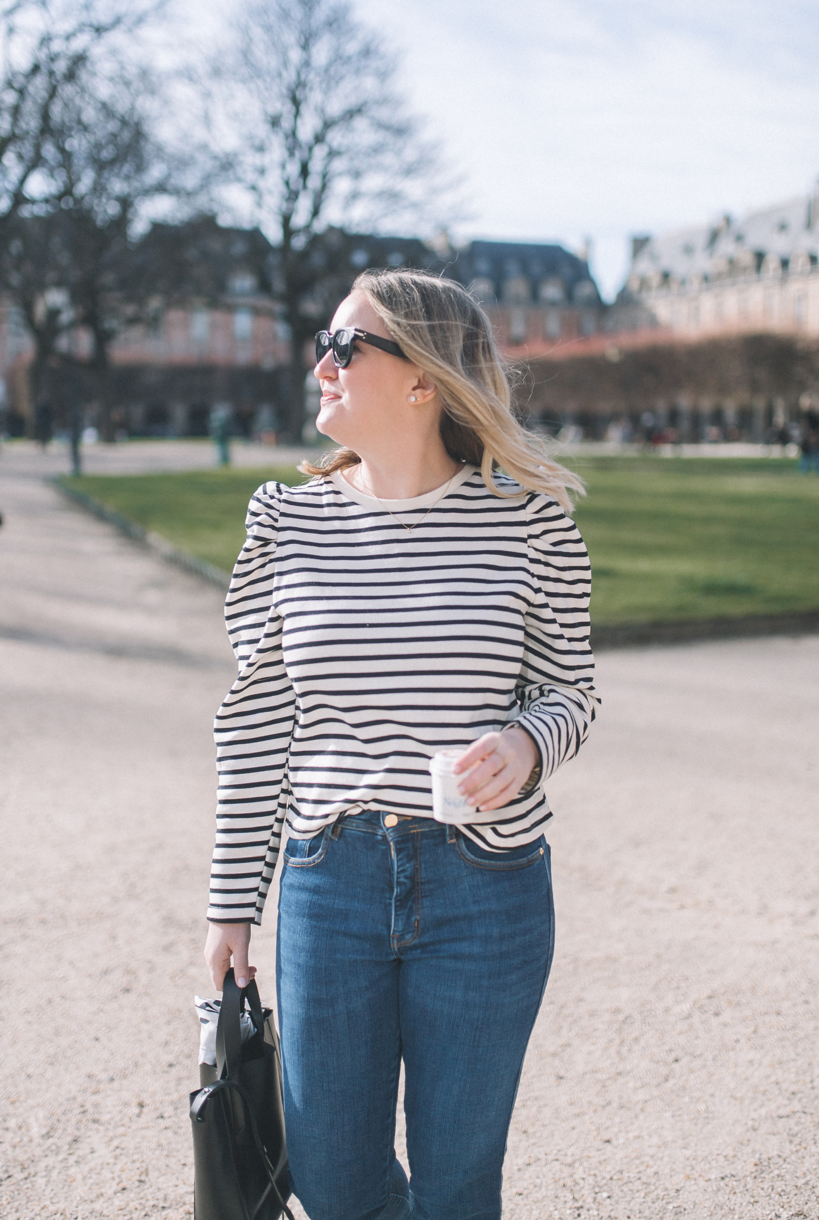 How to Dress for Paris in the Summer